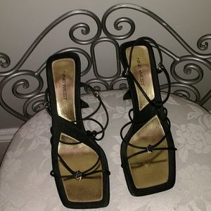 Nine west classic heels size 8